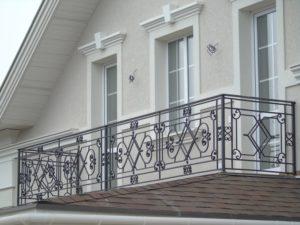 Кованые балконы фото №15