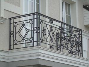 Кованые балконы фото №13
