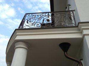 Кованые балконы фото №17