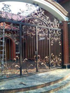 Кованые ворота фото №49