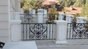 Кованые балконы фото №38