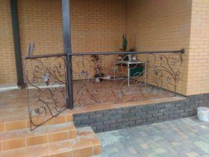 Кованые балконы фото №43