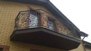 Кованые балконы фото №47