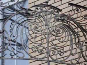 Кованые балконы фото №52