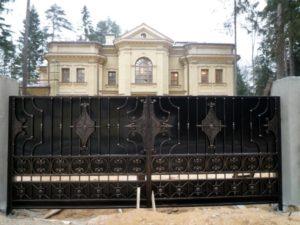 Кованые ворота фото №80