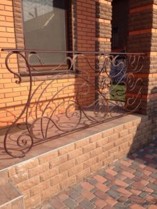 Кованые балконы фото №55