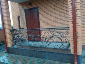 Кованые балконы фото №58