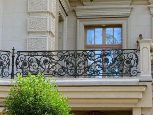 Кованые балконы фото №49