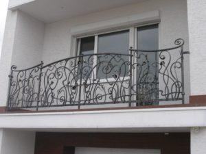 Кованые балконы фото №65