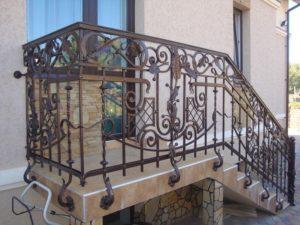 Кованые балконы фото №67