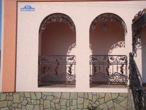 Кованые балконы фото №68