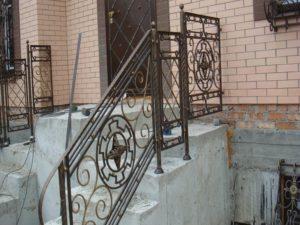 Кованые балконы фото №75