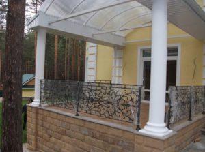 Кованые балконы фото №76