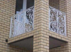 Кованые балконы фото №77