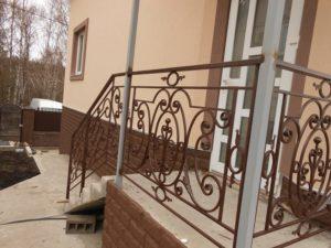 Кованые балконы фото №81