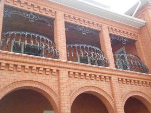 Кованые балконы фото №88