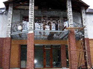 Кованые балконы фото №119