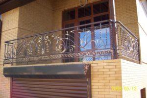 Кованые балконы фото №124