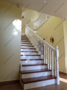 Облицовка лестниц деревом, фото №4