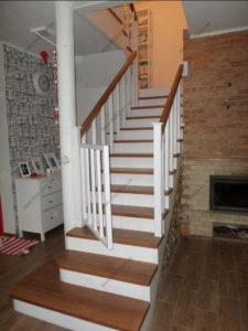 Лестница в стиле прованс фото №1