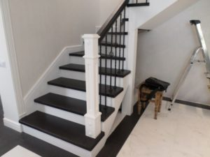 Деревянная лестница №B11