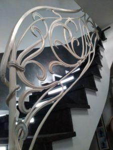 Кованые перила в стиле модерн №3
