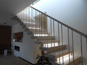 Лестницы в стиле хай-тек фото №4