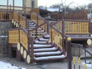 Лестницы из сруба фото №3