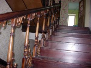 Деревянная лестница г. Херсон №3