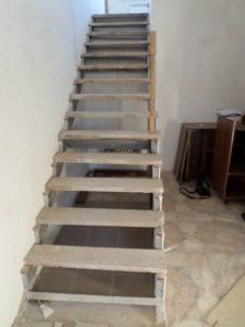 Облицовка лестницы, до
