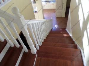 Деревянная лестница г. Днепропетровск №6