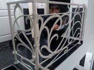 Кованые перила в стиле модерн №6