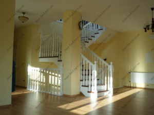 Деревянная лестница г. Днепропетровск №8