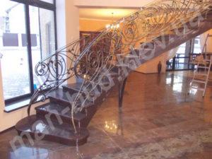 Винтовые лестницы фото №14