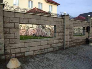Заборы из камня, фото №17