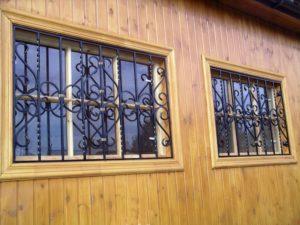 Кованые решетки на окна фото №69