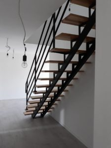 Металлические лестницы фото №12