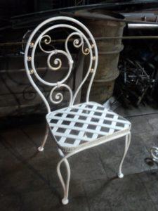 Кованые столы и стулья фото №7