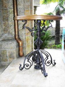 Кованые столы и стулья фото №55