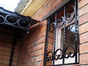 Кованые решетки на окна фото №61