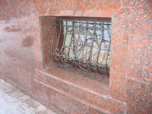 Кованые решетки на окна фото №64