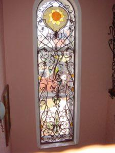 Кованые решетки на окна фото №84