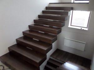 Деревянные ступени, фото №13