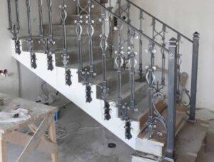 Кованые балясины для лестниц №2