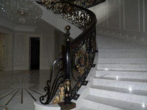 Кованые перила в стиле барокко №17