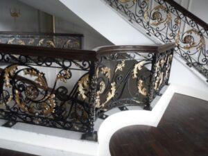 Кованые перила в стиле барокко №15