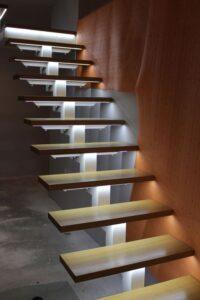 Лестница на ломаном косоуре, фото №10