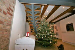 Металлические лестницы на одном косоуре, фото №19