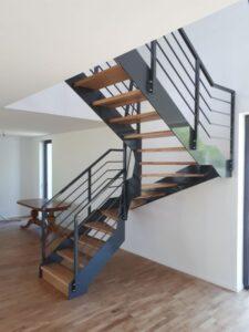 Лестница на металлических тетивах, фото №3
